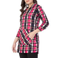 Ladies Pink Checkered Crepe Tunic