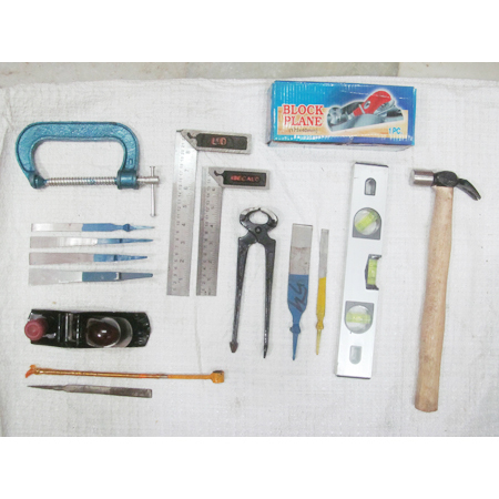 carpenter hand tools