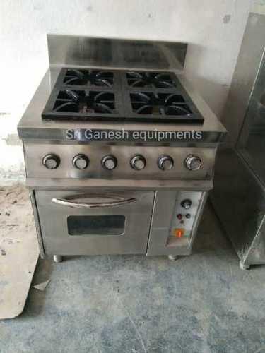 Oven with four burner range