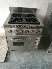 Oven with four burner range