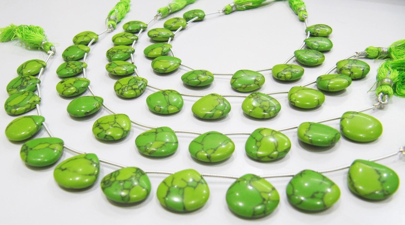 AAA Quality Green Turquoise Smooth Plain Heart Shape Beads.