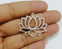 Silver Plated Lotus Shape Charm Pendant - Jewelry Finding Charms For Earring