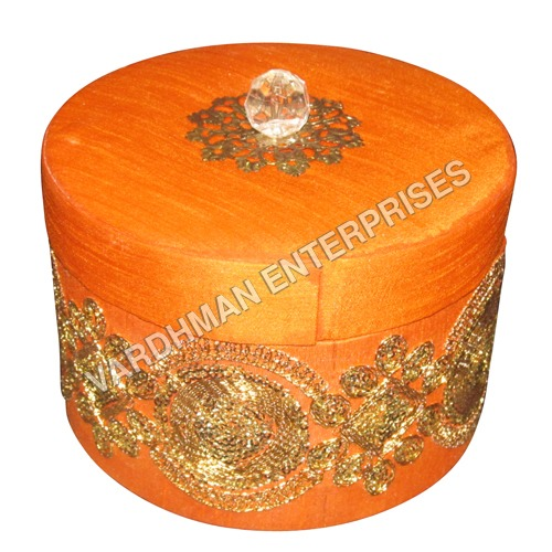 Round Jari Lace box