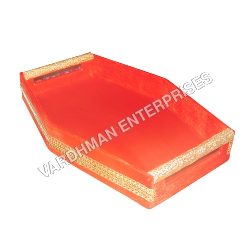 Curved Tray