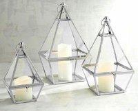 Metal Pyramid Lantern