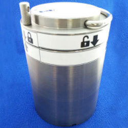 Tungsten Shielded Container for Vial Transport