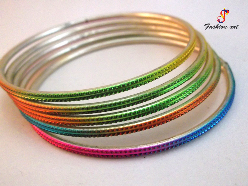 Multicolor Airlift Metal Bangle