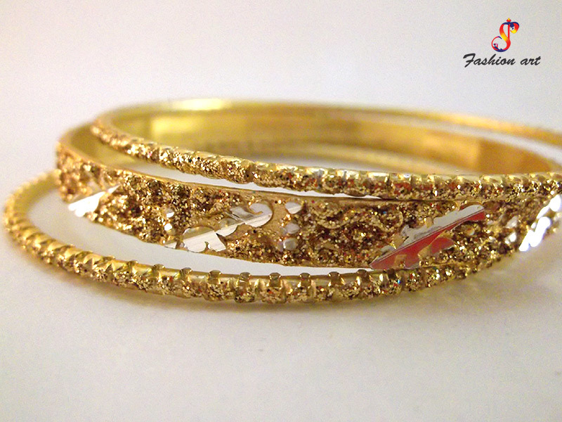 HotLine Antique Metal Bangles Set