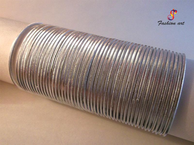 Makhmali Aluminium Metal Bangle