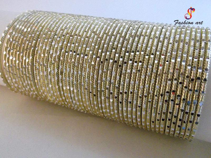 Masti Antique Metal Bangle