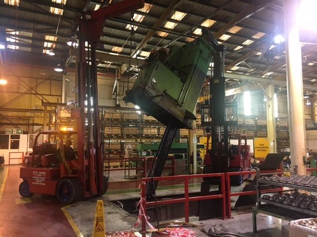 VARINELLI 20 TON Vertical Broaching Machine