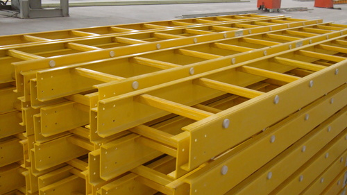 FRP LADDER TYPE CALBE TRAY