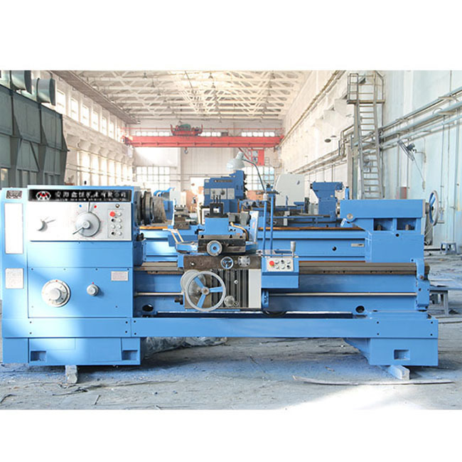 Spindle Bore 100mm Conventional Lathe Flat Bed Low Price