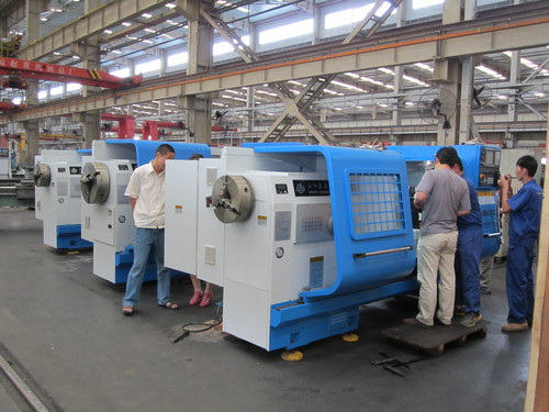 China leading brand automatic oil country lathe machine