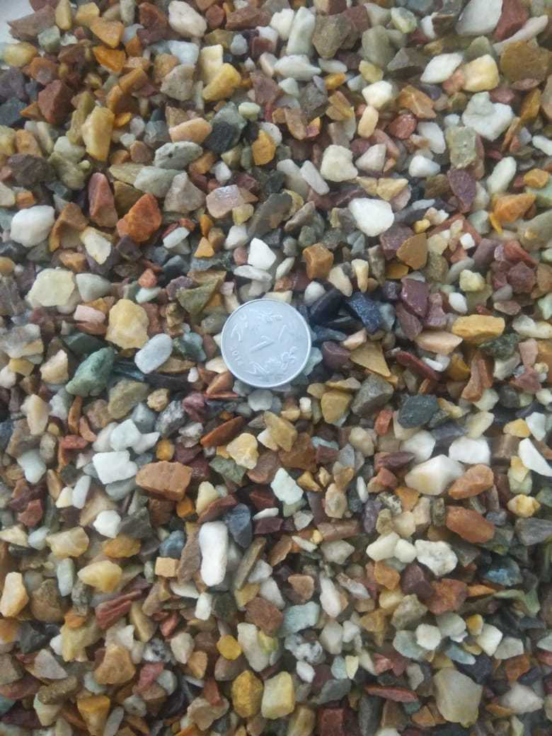 Wholesale Natural mix river pebble stone and chips price per ton