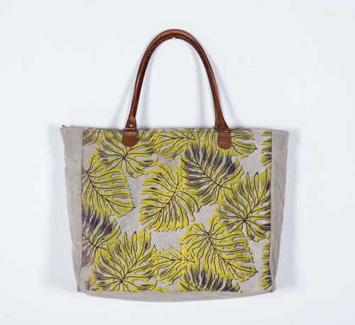 big size tote with tropical prints