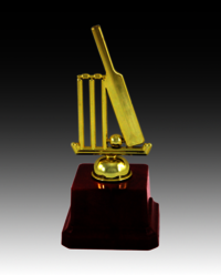 BT 532-B Cricket Fiber Trophy