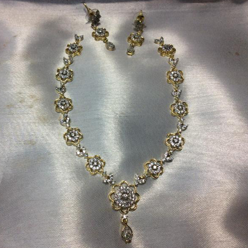 Ladies Imitation Necklace Set