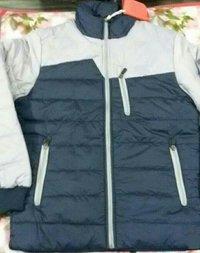 人のN.S.の完全な袖のジャケット