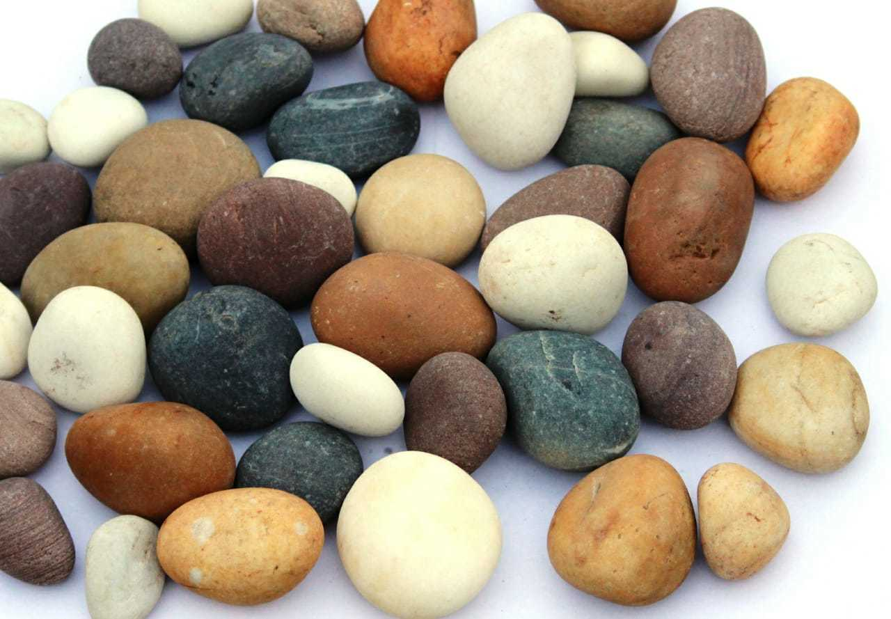 Natural Yellow River Pebbles and Off White River Pebbles