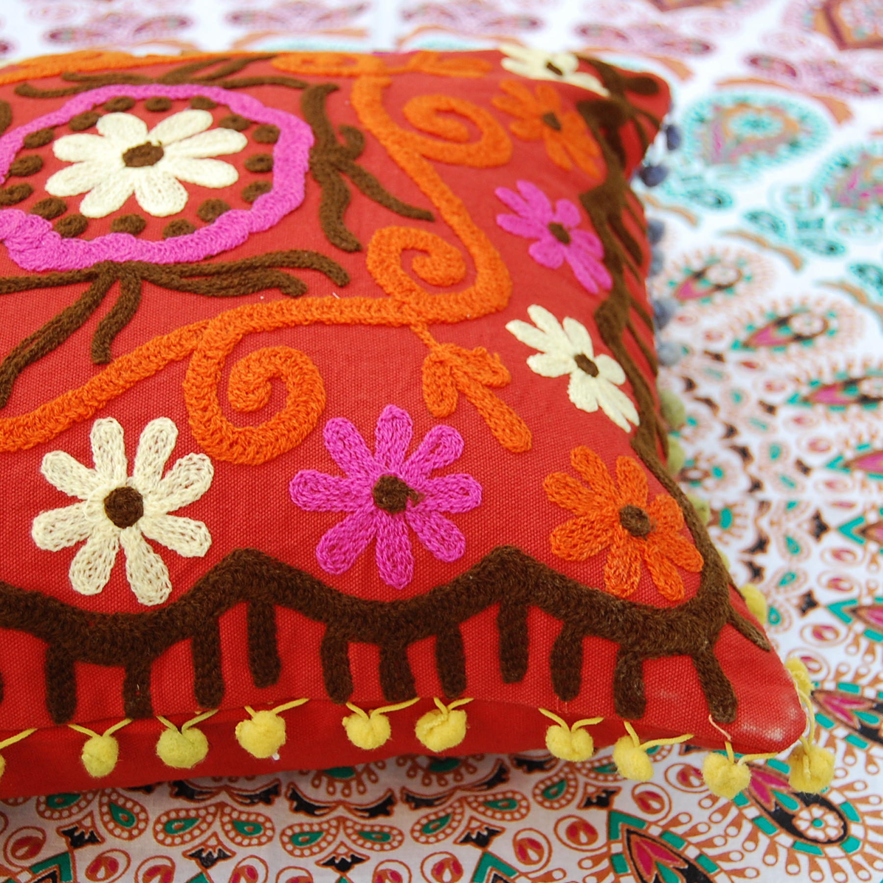 Uzbekistan pattern suzani embroidery Suzani Cushion Cover