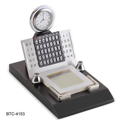 Metal Calendar with Clock and Memo Pad