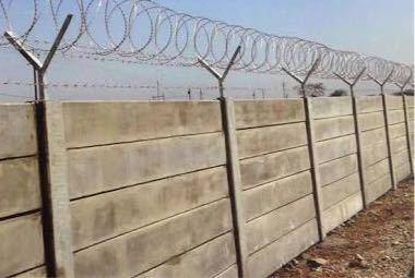 Cement foalding compound bounery wall