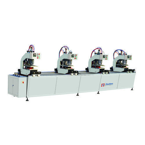 Four head welding machine