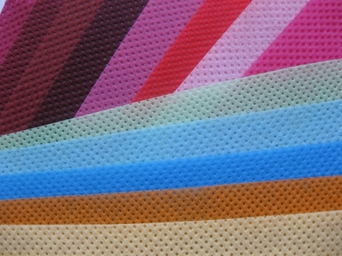 Color Non Woven Fabric
