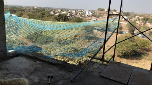 Plastic fall protection net