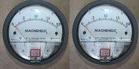 Dwyer Magnehelic Differential Pressure Gauge Model 2000-2KPA