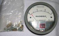 Dwyer Magnehelic Differential Pressure Gauge Model 2000-4KPA