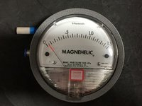 Dwyer Magnehelic Differential Pressure Gauge Model 2000-15KPA