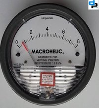 Dwyer Magnehelic Differential Pressure Gauge Model 2000-8KPA