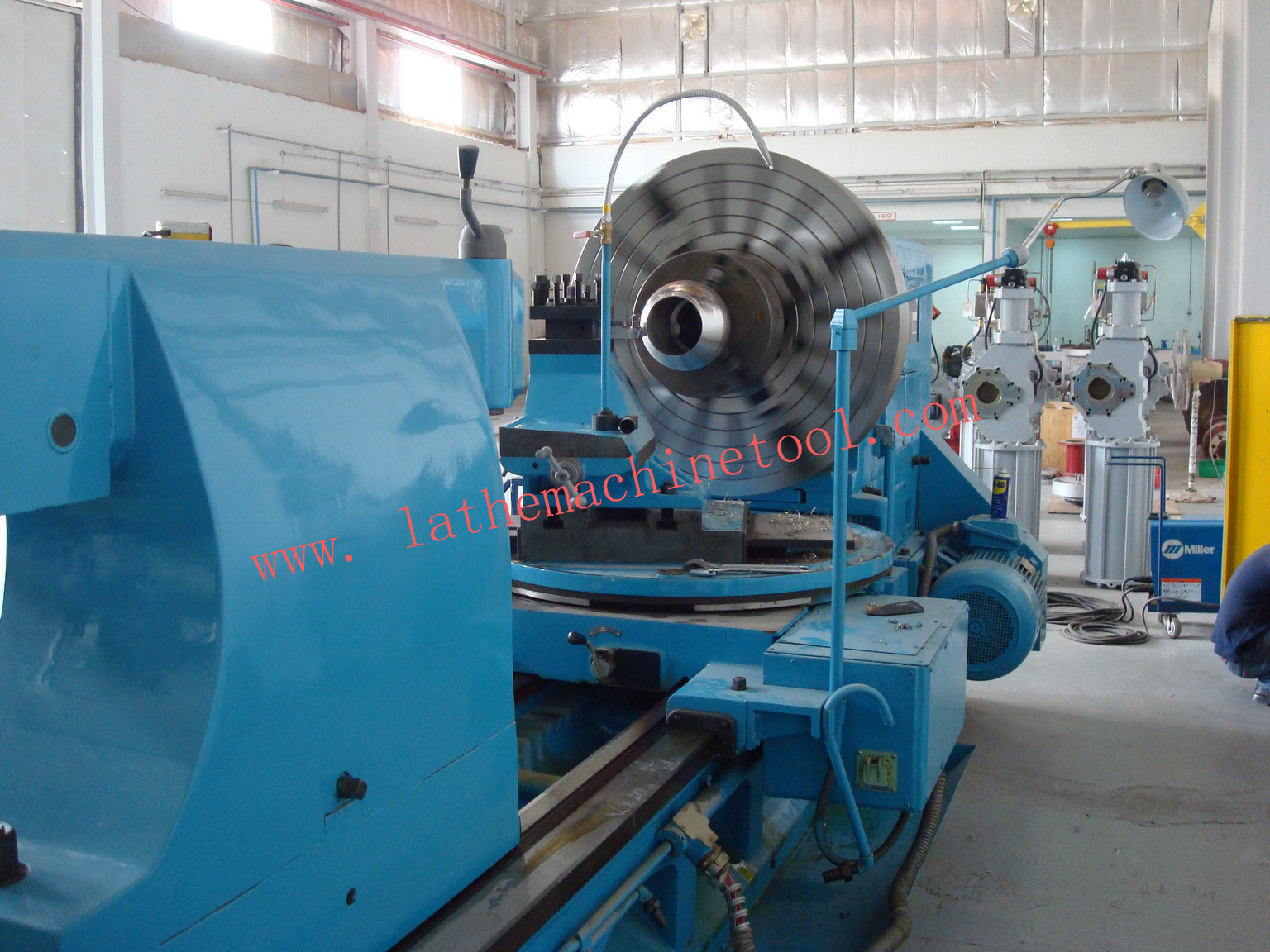 Ball valve turning lathe for ball value with oversea service