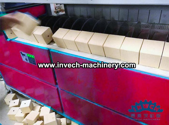 Wood Pallet Block Cutting Saw Machine