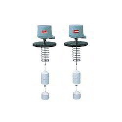 Displacer Type Level Switches