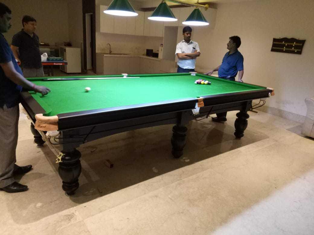 Mini Billiards Table