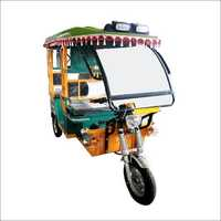 Chargeable E-Rickshaw