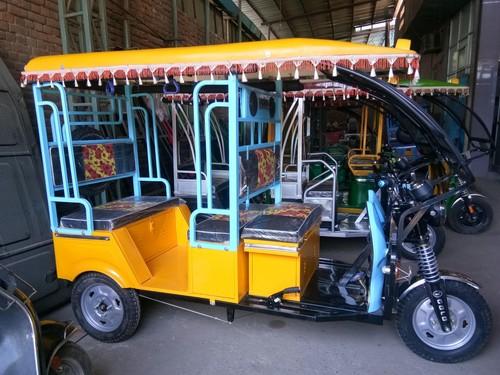 Desgine E-Rickshaw