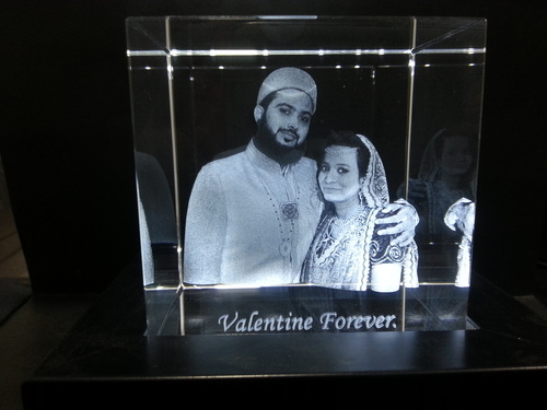 Personalized 3D Crystal Cubes