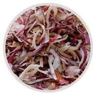 Dried red onion flakes