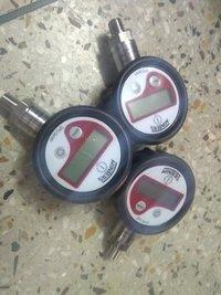 Winters Digital Pressure Gauge Model No DPG205R11