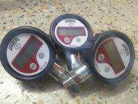 Winters Digital Pressure Gauge Model No DPG220R11