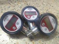 Winters Digital Pressure Gauge  0 To 400 bar