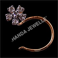 Diamond Sixdana Nose Pin