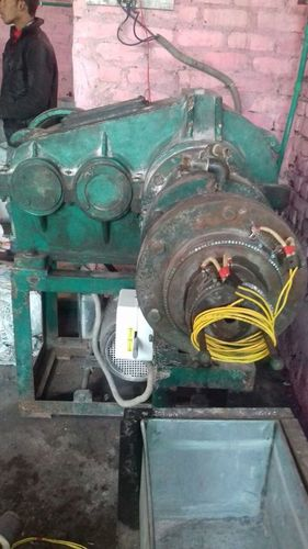 Old Rubber Extruder Machine