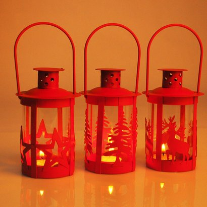 Red Crafted Lantern