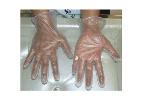 Transparent gloves With powder