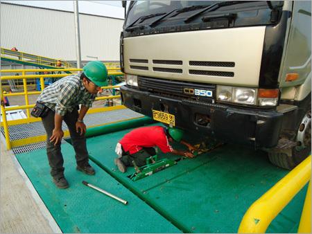 Clamp Truck Platform
